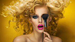 Make-Up: Auf den Farbton kommt es an